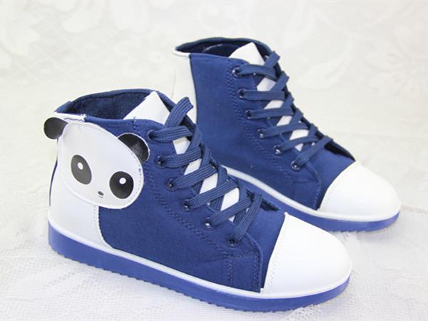 【可爱卡通帆布鞋】-鞋子-女鞋_帆布鞋_服饰鞋包-爱潮美-蘑菇街优店